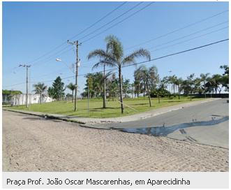 Praça Prof. João Oscar Mascarenhas, em Aparecidinha